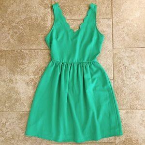Green scallop dress spring summer